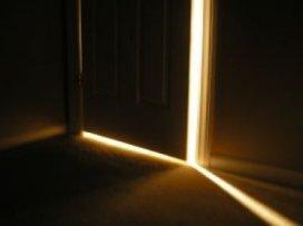 https://lifeforislam.files.wordpress.com/2011/12/open-door.jpg?w=300